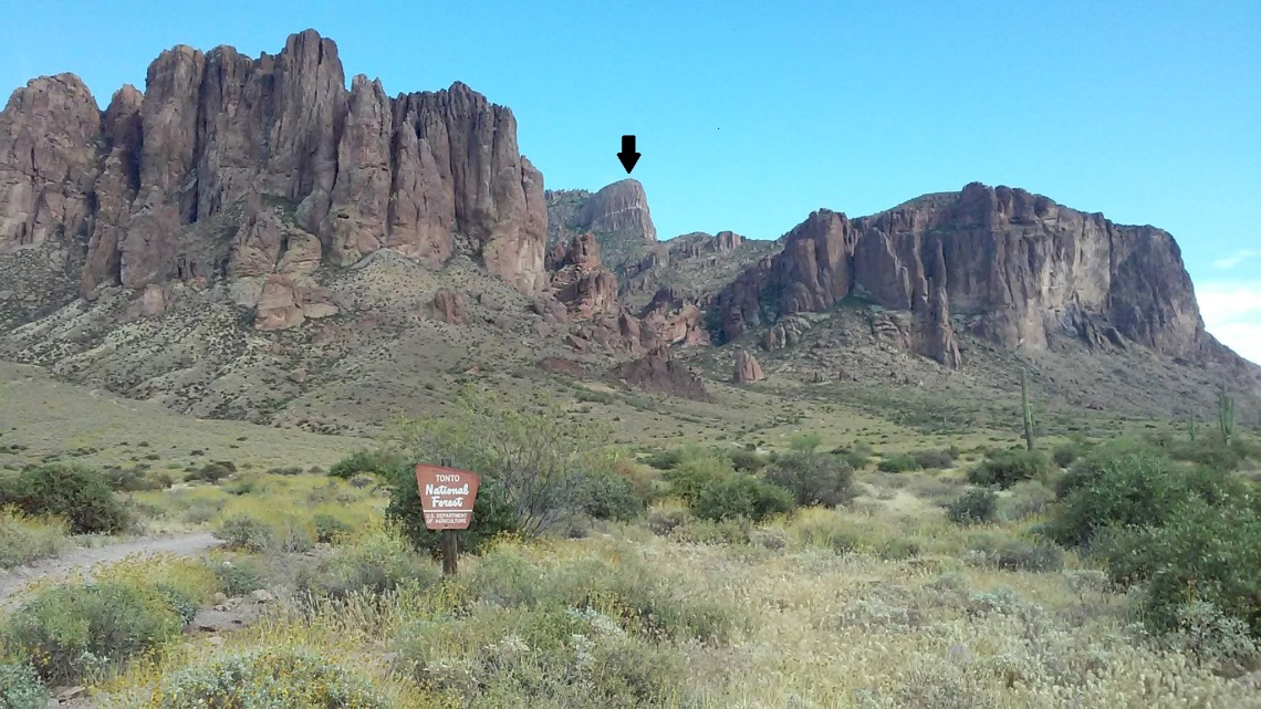 Siphon Draw Trail in Lost Dutchman State Park with The Flatiron pointed out near top center of image