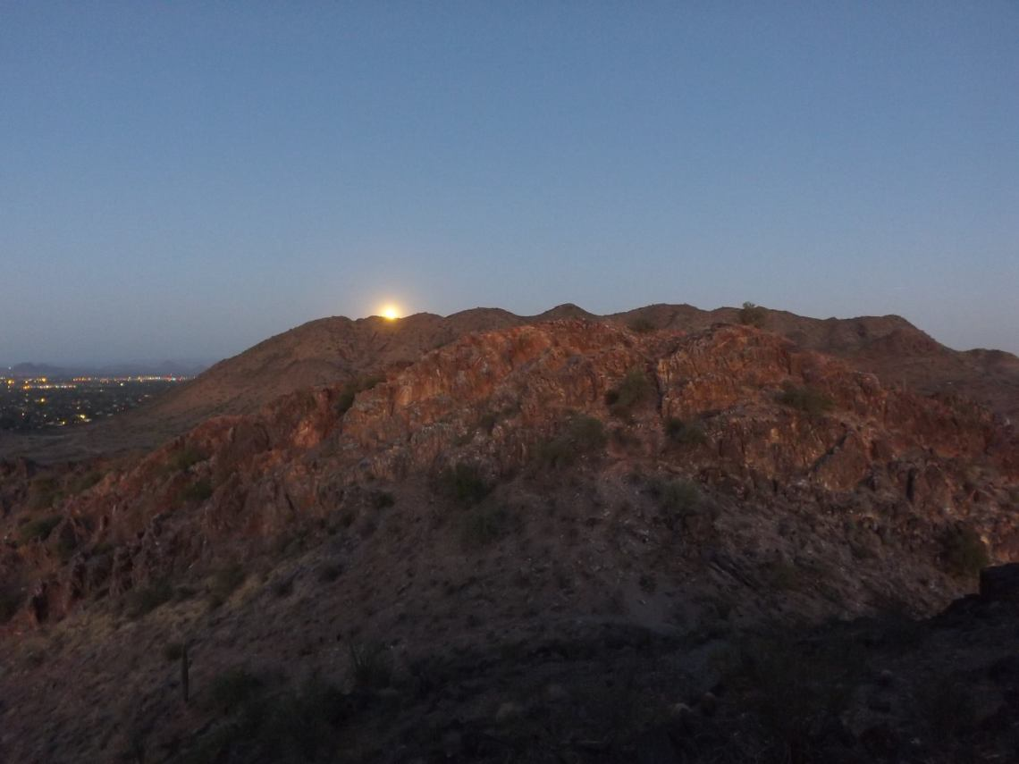 Phoenix-Mtn-Preserve-Moonrise